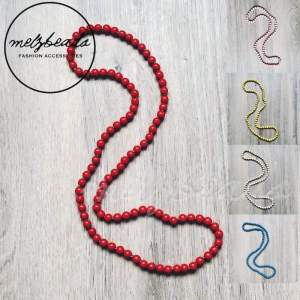 Red long wooden beads necklace