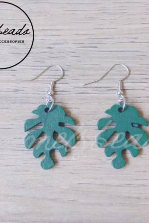 Deep Emerald Green Leaves Earrings