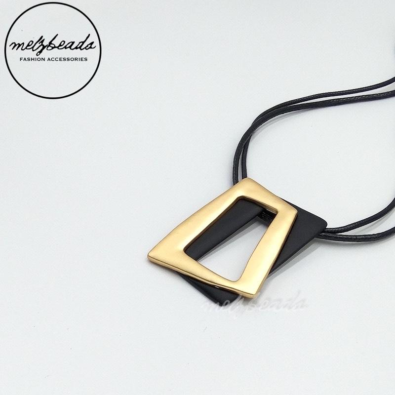 Double Strand Gold Black Pendant Necklace