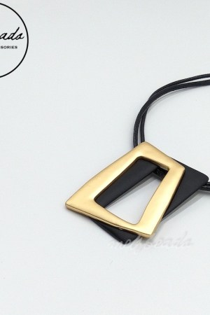 Double Strand Gold Black Pendant Necklace