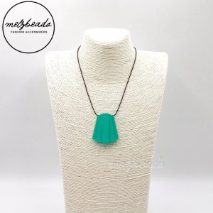 Stantia Matt Emerald Pendant Necklace