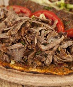 Lahmacun mit Kebab