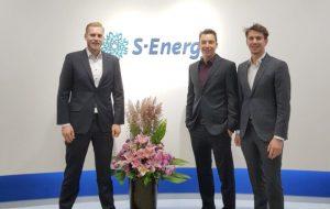 Memodo Geschäftsführer und Gründer bei S-Energy vor Ort