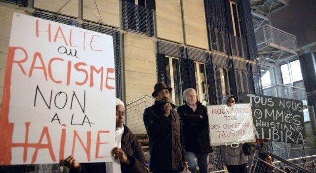 Rassemblement de soutien au Ministre Taubira et contre les dérives racistes/ Bordeaux jeudi 14 novembre (Depeche AFP)