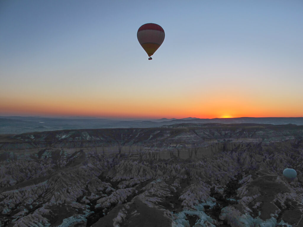 cappadocia hot air balloon at sunrise