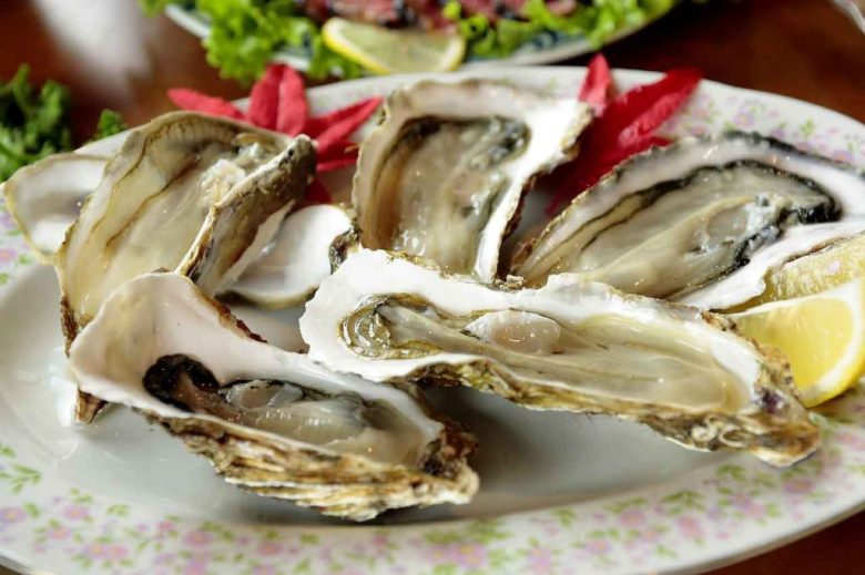 Raw oysters are super trendy shower food idea