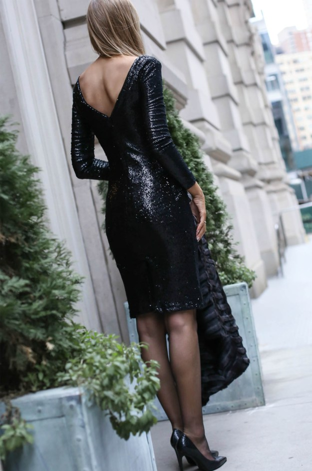 white-house-black-market-black-sequin-sheath-dress-inaugural-gown-collection3