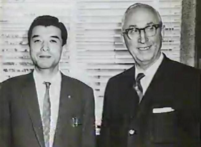 Hiroshi Yamauchi e Roy Disney