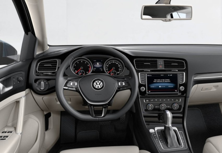 vw-golf-appconnect-0-620x427