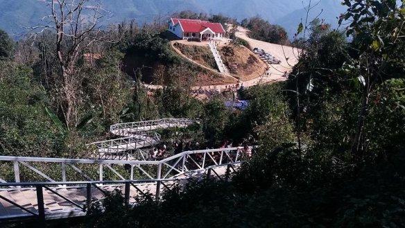 LS-85 stairs