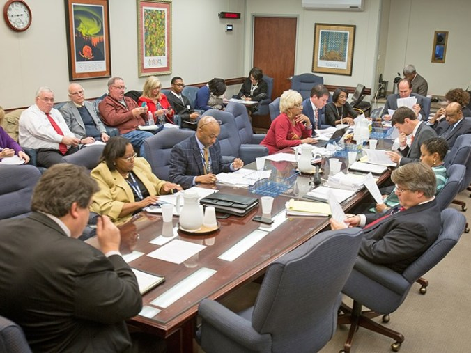 <p><strong>Memphis City Council members voted to fund hiring a crowd control consultant Tuesday, Nov. 7, for the Beale Street entertainment district.</strong> (Andrew J. Breig)</p>