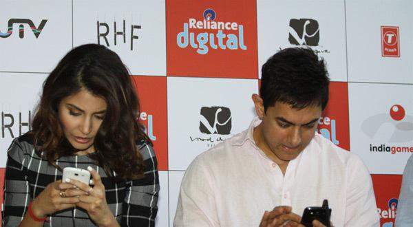Aamir And Anushka Launch Film PK Official Mobile Game