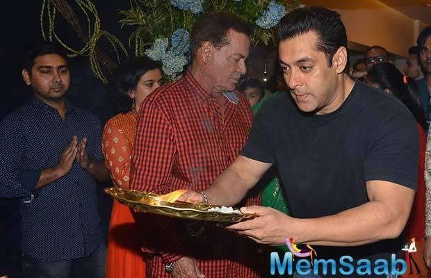 Salman Khan's Ganpati Visarjan