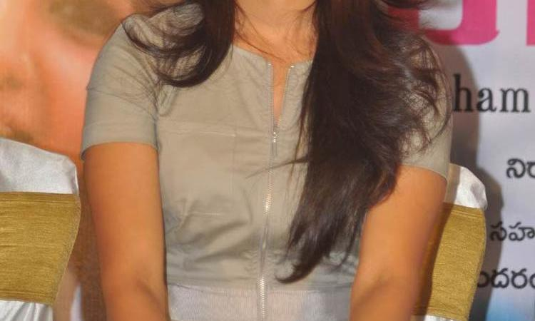 Samantha At Yeto Vellipoyindi Manasu Sucess Meet