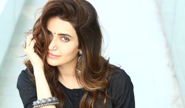 All About Karishma Tanna's Legal Woes!