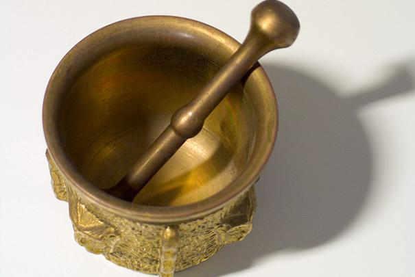 Nettoyer un objet en bronze