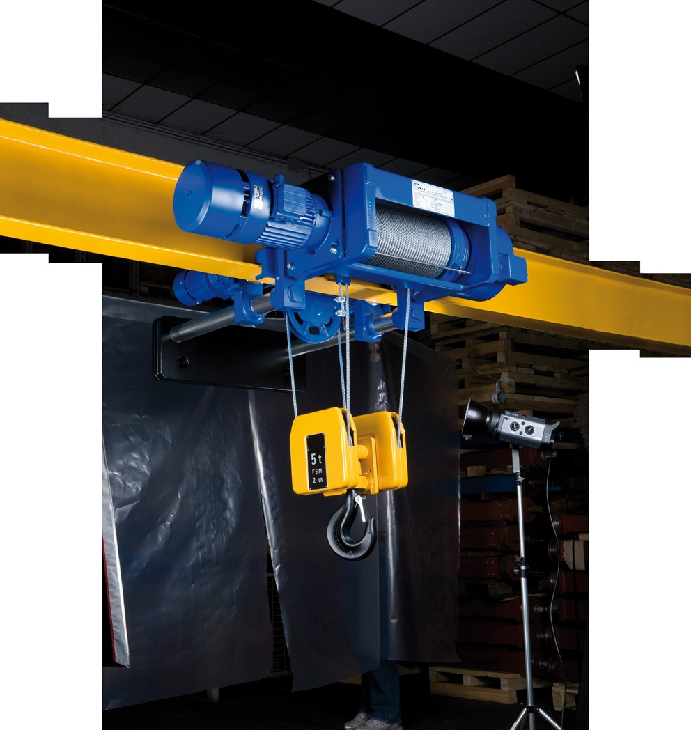 hight resolution of low headroom hoist