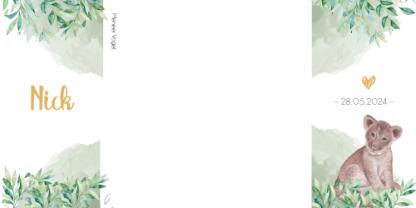Op linkerzijde het lieve welpje en op de rechterzijde de geboortedatum. Uiteraard omringd met bladeren en een groene aquarel achtergrond.