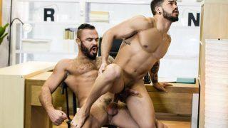 Entretient d'embauche – Jessy Ares, Pietro Duarte