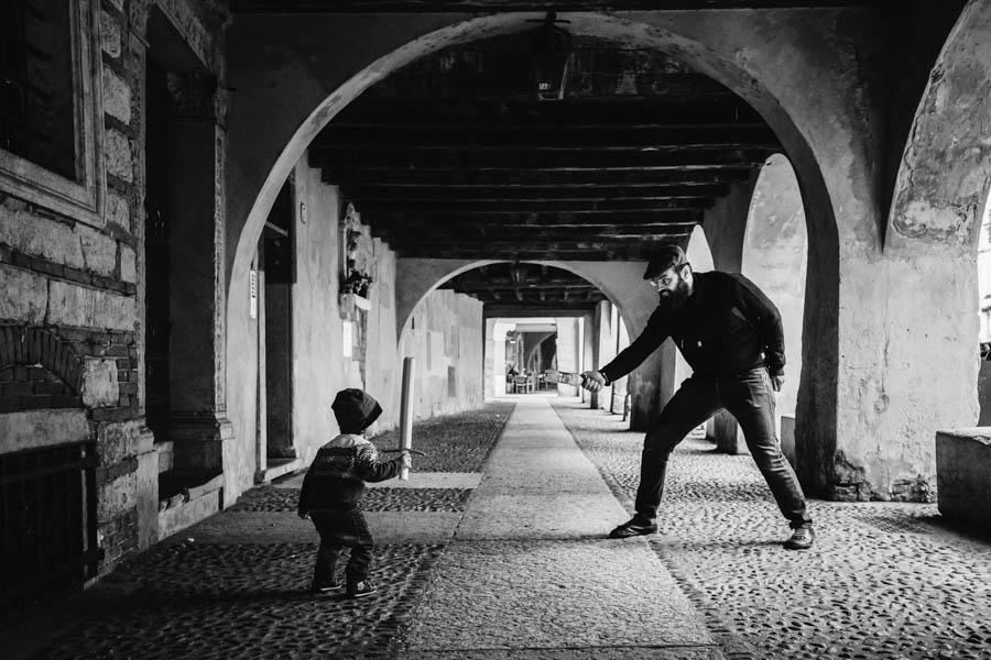 Road Trip em familia verona italia mosqueteiros filho pai luta espadas esgrima