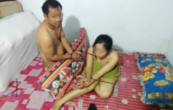 Beredar Foto Istri TNI Diikat Bersama Selingkuhannya