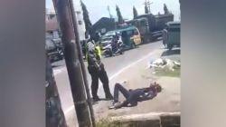Oknum Polisi Pukuli