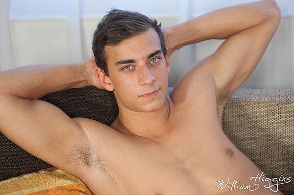 freshmeat_marekprovaz_williamhiggins_06
