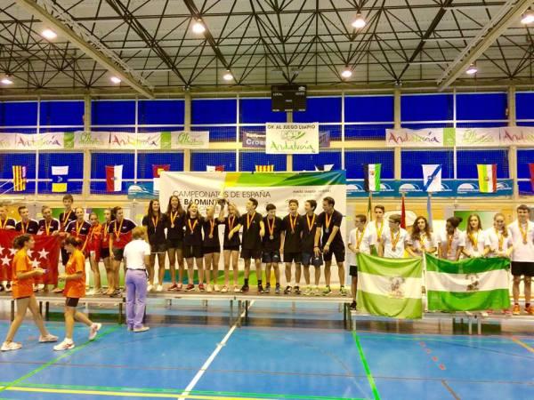 podium_campeonato_de_españa_sub_15_con_Julia_Florit