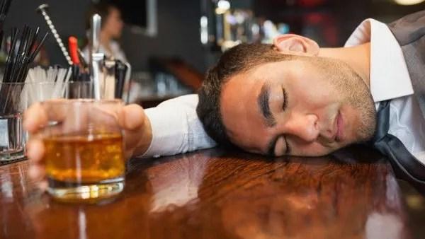 El alcohol puede aumentar el riesgo de cáncer de próstata según un estudio