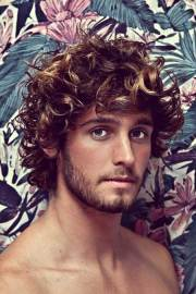 wavy curly hairstyles men