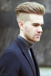 cool blonde men hairstyle