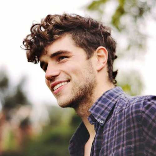Image Result For Medium Hairstyles For Curly Hair Round Face