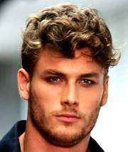 good haircuts curly hair