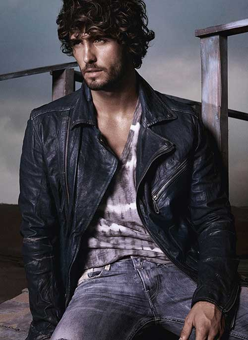 Male Celebrities With Curly Hair Mens Hairstyles 2018