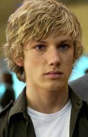 blonde guy hairstyles mens