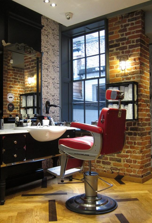 Ξύρισμα στο Λονδίνο καρέκλα μπαρμπέρικου
