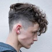 messy hairstyles men 2020