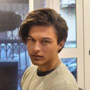 medium length men's hairstyles