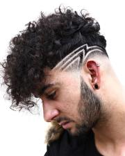 curly hair haircuts