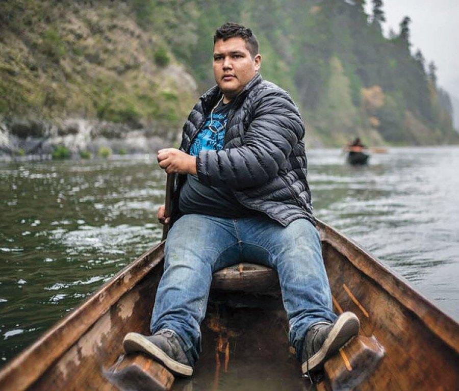 Young man rowing on Rio Grande