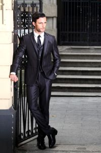 Rules of elegance to taller Men | Mens Suits Tips