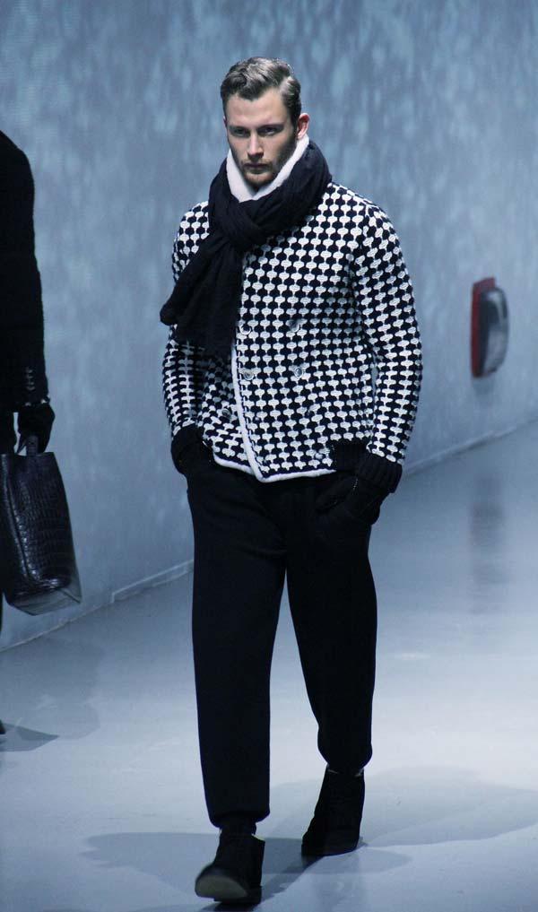 Corneliani Men's Collection - Fall Winter 2012 chunky scarves