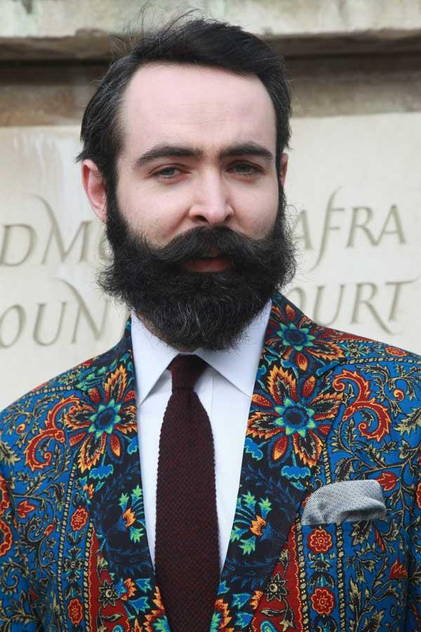 Dent de man - London fashion week