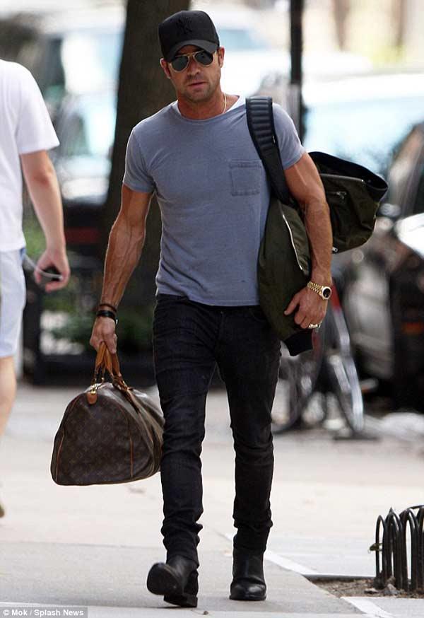 Man Bag for men - Louis Vuitton