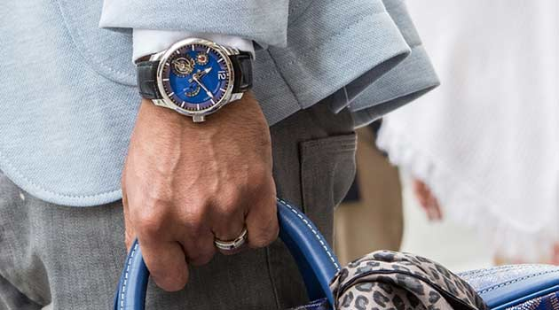 10 Accessories Every Man Must Have in Their Wardrobe