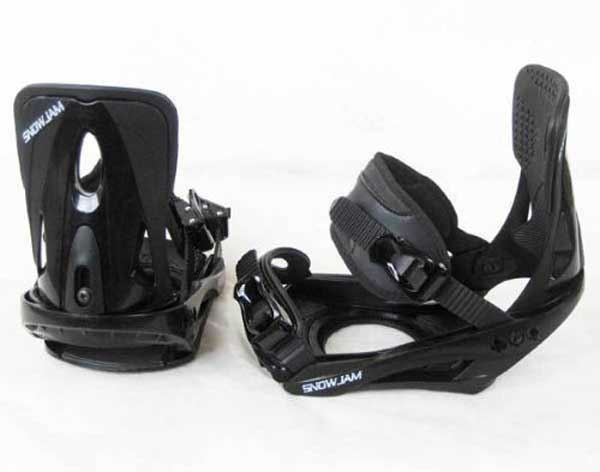 Snowboard Style and Outfits Bindings