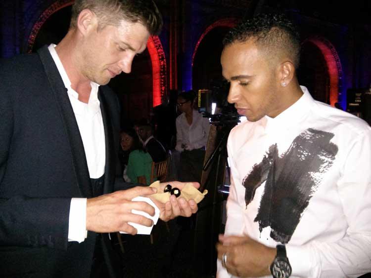 Greg-Minnaar-Lewis-Hamilton-Onefortheboys-Misahara-Diamond-formula-one-cuff-links-2014-MenStyleFashion-1