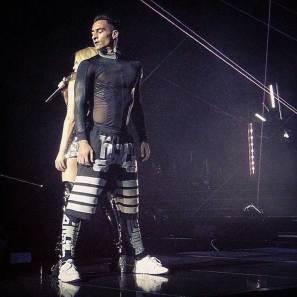 SkorpionDancer Kylie Minogue Kiss me Once Tour 2015 (6)