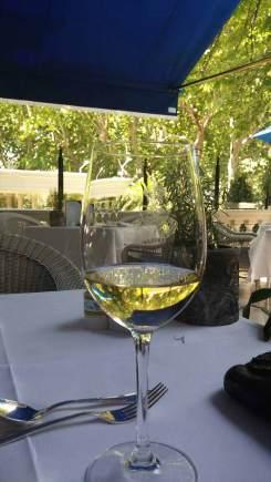 Madrid-Ritz-Hotel---MenStyleFashion.jpg-Sunday-Brunch-Wine