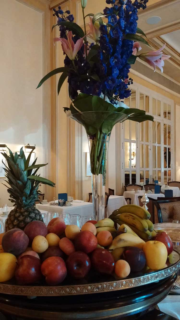 Madrid-Ritz-Hotel---MenStyleFashion.jpg-breakfast-room